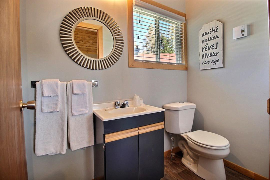 Salle de bain – Chambre #2