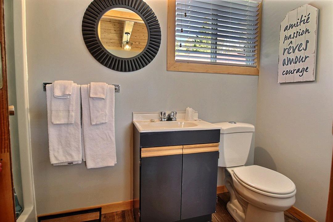 Salle de bain – Chambre #3